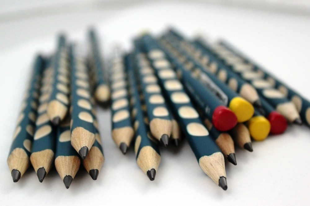 pencil_pencils_writing_child_ergonomics_ergonomic_school-725470.jpg!d.jpeg